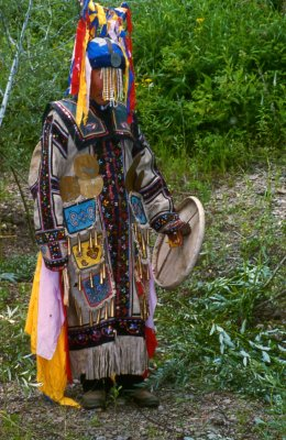 Chuonnasuan,_the_last_shaman_of_the_Oroqen,_in_July_1994_(Photo_by_Richard_Noll)